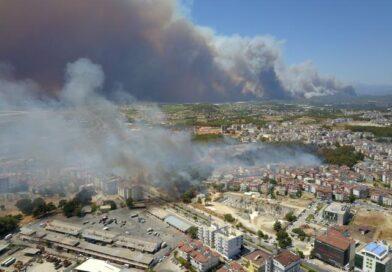 Antalyada büyük yangın. 4 ayrı yerde aynı anda başladı!